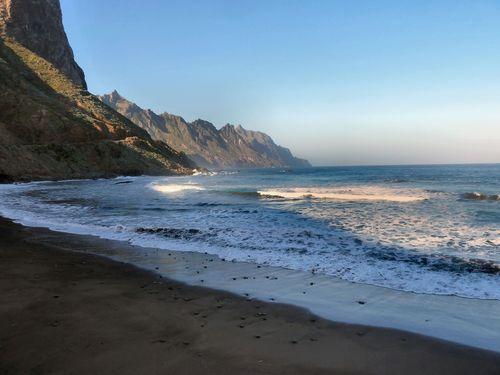 13 janvier 2011 (20) pointe de Tenerife plage de sable noir du volcan